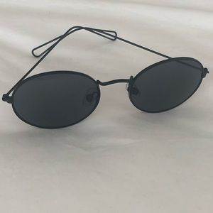Urban Outfitters Accessories - Small oval wire frame sunglasses